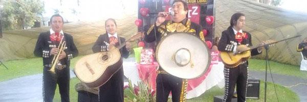 Mariachis en Ate Vitarte